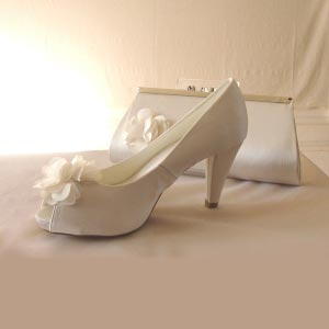 Wedding, evening shoes - ivory satin