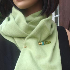 Anis green woolen and cashmere scarf