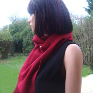 Woolen and cashmere scarf bordeaux
