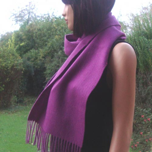 Violet cashmere and wool scarf