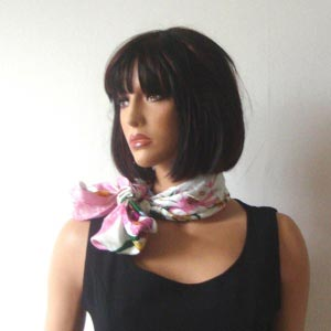 Silk foulard square white backround, pink border