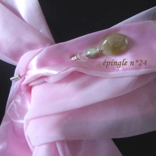 Wedding hat and stole pin - Nr 22 and 23 out of stock