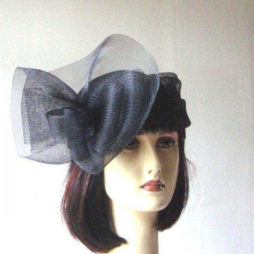 Sinamay and crin small black wedding hat