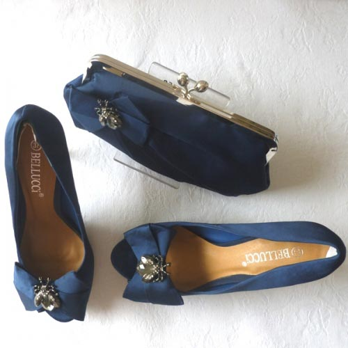 Navy blue satin evening shoes with metal bee