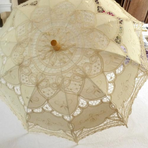 Sun umbrella with laces in cotton