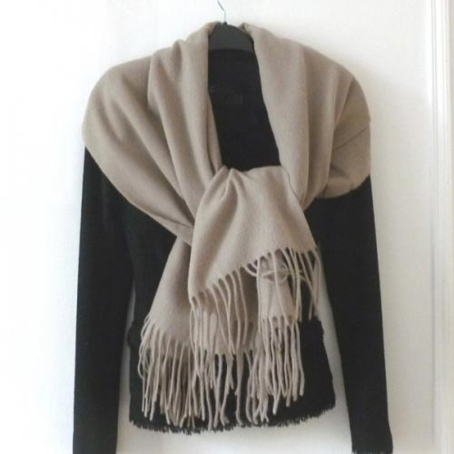 Shawl/plaid grey/beige