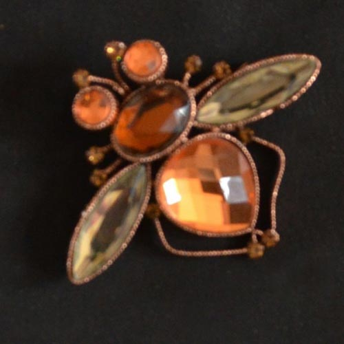 Bee brooch two colours