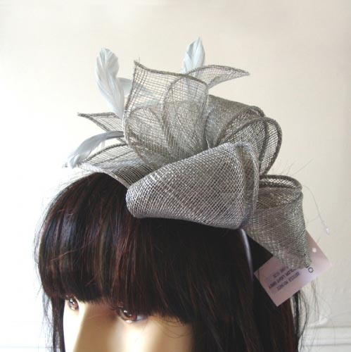Matching silver or light grey wedding headband and wrap