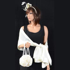 Matching ivory trio : fascinator, round bag and stole