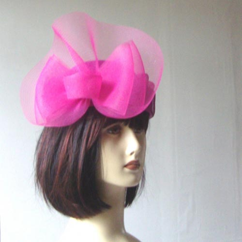 For a wedding : 3 fuchsia matching accessories for her