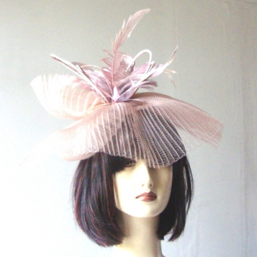 Big wedding headband : off-white out of stock, pink beige only