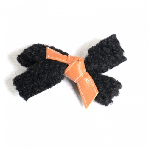 Woolen hairpin - all beige, black and brown or black and bronze