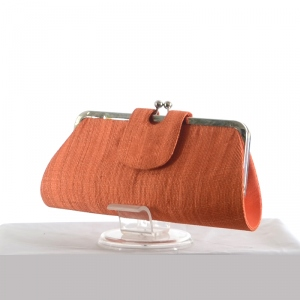 Clic-clac sinamay clutch : orange or emerald green