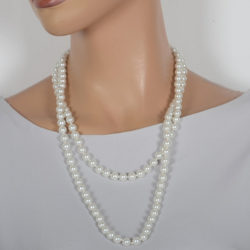 Long necklace sautoir with perles