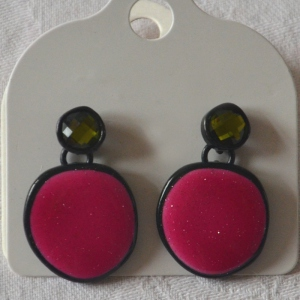 Earrings for pierced ears fuchsia and green
