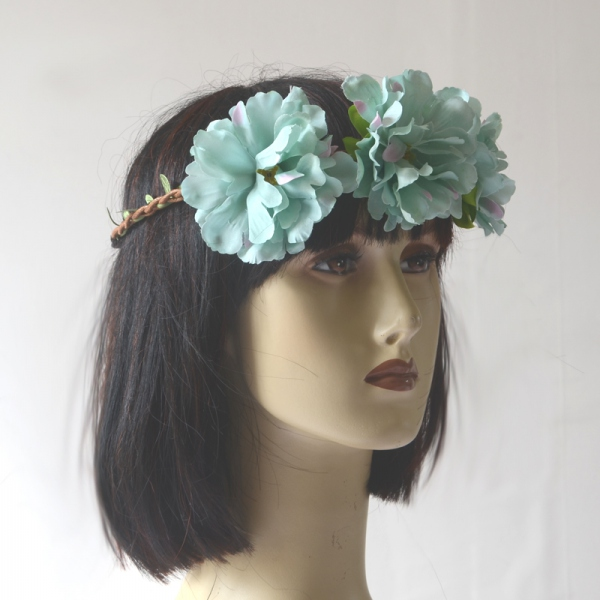 Headband/crown for weddings, evenings or fetes with 3 blue flowers