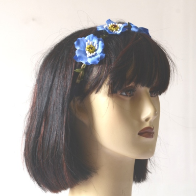 Headband/crown with blue flowers