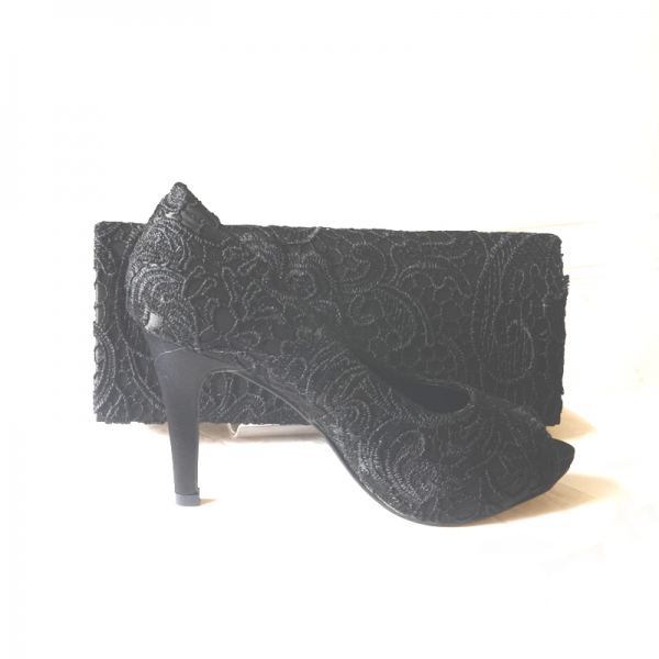 Black guipure open-toed evening shoes