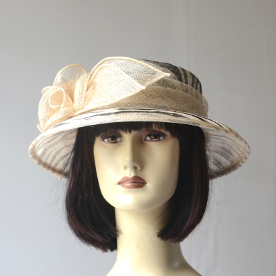 Small wedding hat for women - black and beige