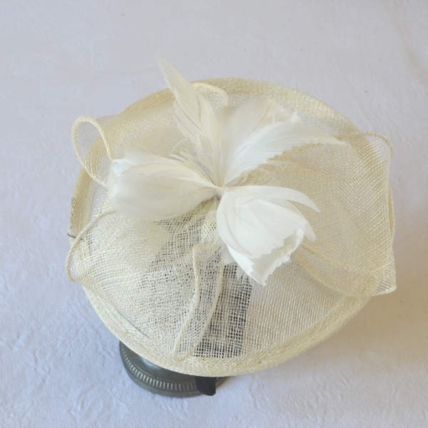 Wedding ivory fascinator