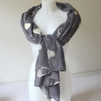 Greyish blue jean long foulard wiht embroidered ivory hearts
