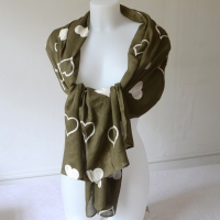 Long and large kaki foulard with ivory heart embroideries