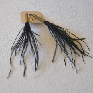 Dancing earrings with long oistrich feathers - 5 colours