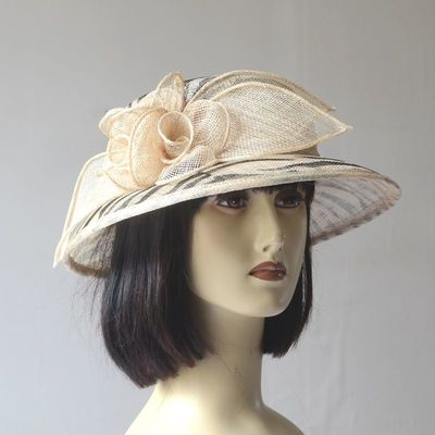 Pretty little wedding hat - sinamay - in 4 different colours