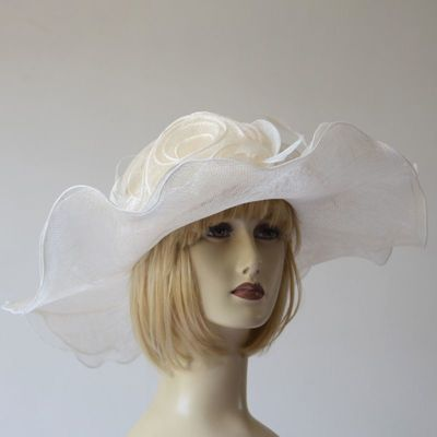 Wide-brimmed sinamay wedding hat - 3 colours : fuchsia, off-white and very light pink