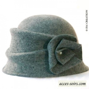 Very stylish felt cloche hat