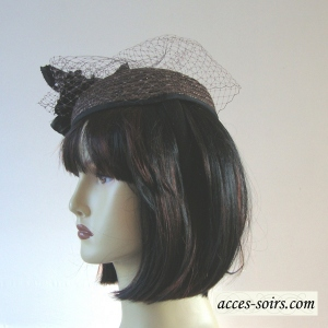 Mini hat - dark brown natural straw with veil and flower
