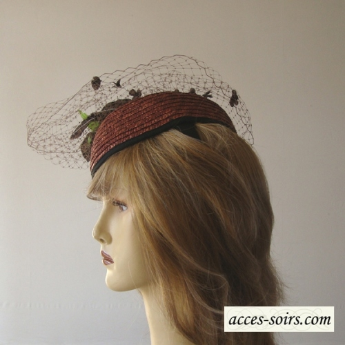 Mini goldish brown straw hat with veil and flower