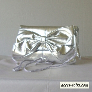 Silver, black or middle grey clutch for the evening or the day!