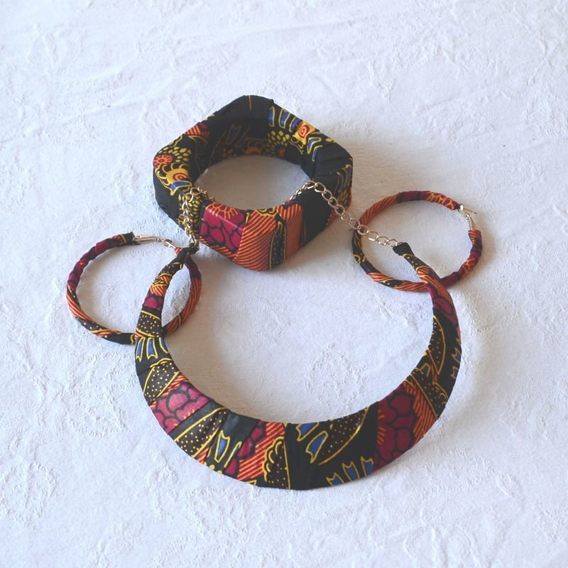 Wax set of 3 jewels - necklace, bracelet and earrings - black, orange, fuchsia, yellow...