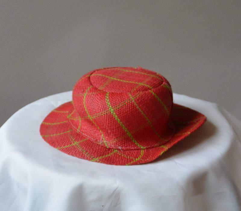 Little hat for girls - rabane - red and green