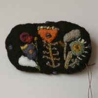 Sophie Digard - brooch - dark brown merino wool with hand embroideries