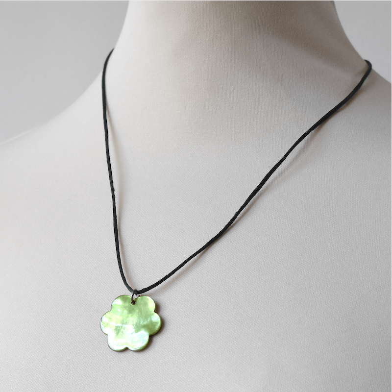 """Mother of pearl pendant - """"green flower"""""""
