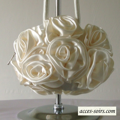 Lovely wedding light ivory aumoniere - ball-shaped satin