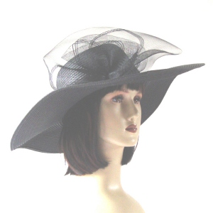 Straw hat for weddings and beach