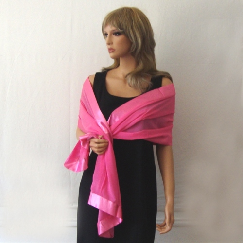 Barbie pink stole