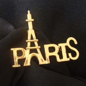 Brooch Paris Eiffel tower