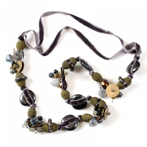 Long necklace, sautoir - grey bronze and velvet