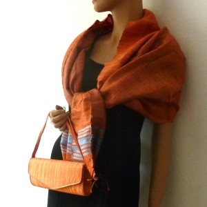 Ensemble étole et pochette baguette orange