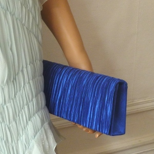 "Classical ""baguette"" shaped pleated royal blue evening bag"