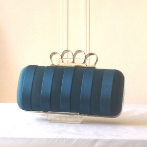 Satin evening clutch with rings - 5 colours - duck blue out of stock