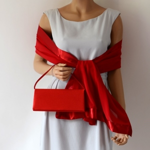 Matching clutch and wrap for weddings