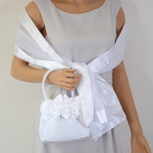 "Matching white stole and ""aumoniere"""