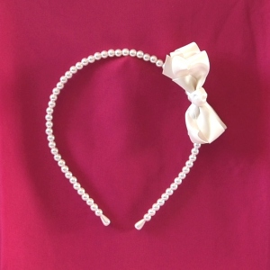 Pearls and satin headband for girls