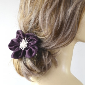 Brooch/hair elastic - 3 colours
