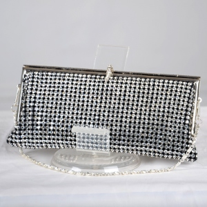 Superb evening bag with rhinestones